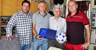 Frick Sándort köszöntötték a váci labdarúgás ünnepén